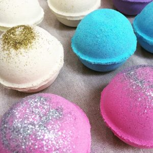 Bath Bomb Making Experience With Gin