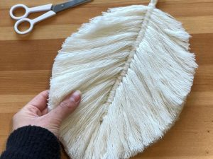 Macramé Feathers Group Workshop