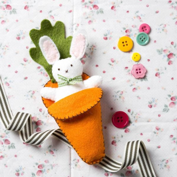 Bunny in Carrot Bed Felt Craft Mini Kit by Corinne Lapierre